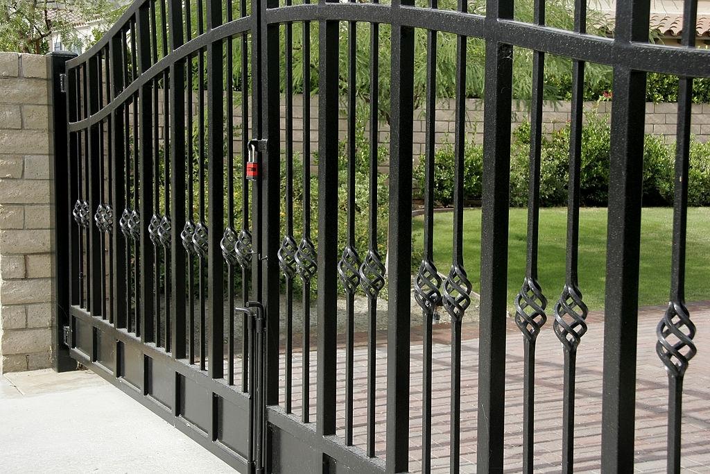 driveway gate grayson county